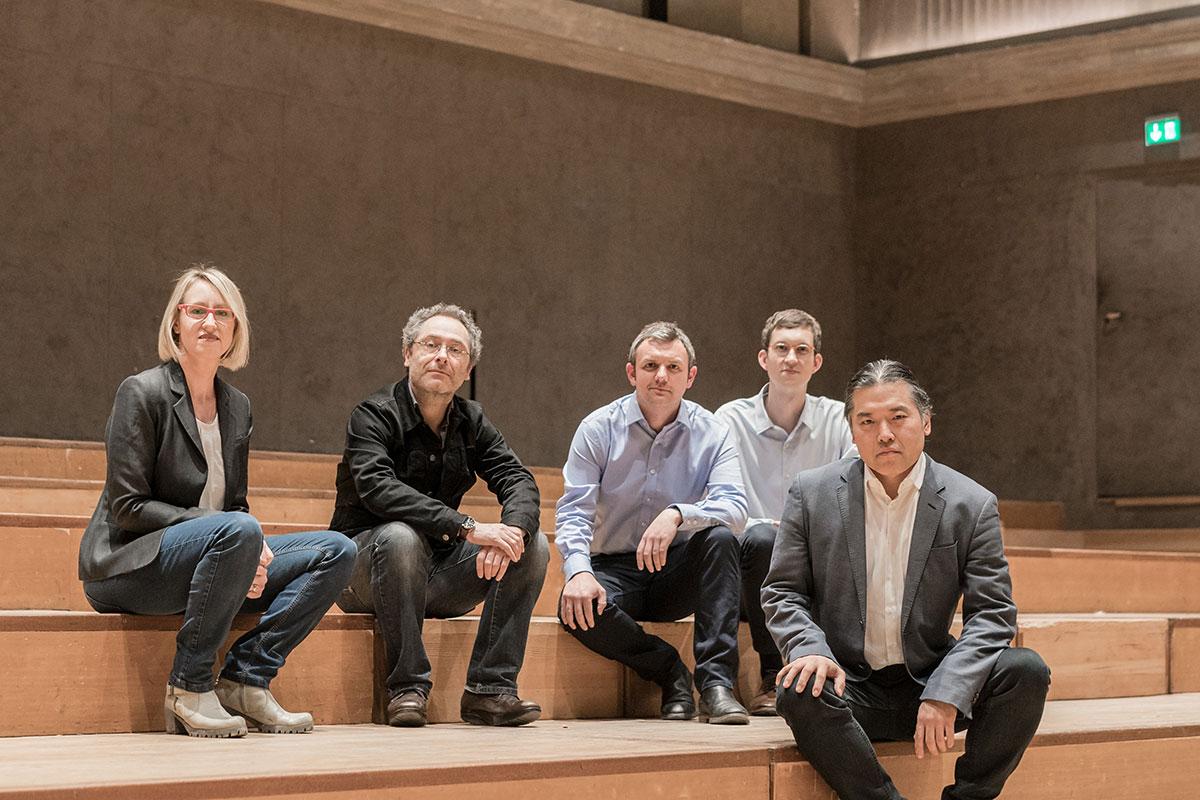 Das Team von Arup mit dem Projektleiter Tateo Nakajima (rechts)